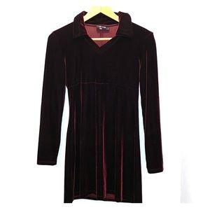 Medium maroon velvet dress
